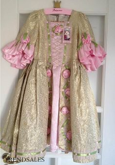 Eventyrkompagniet Prinsessekjole Guld NY 6-8 år - kun 900,- - str. 6-8 år/L - Se foto