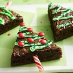 Christmas Treet ;) What a cute way to dress up my Brownies