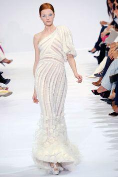 Elie Saab Fall 2009 Couture Fashion Show - Vlada Roslyakova