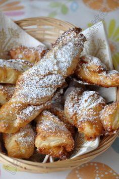 Sacristains à la noix de coco (pour utiliser des chutes de pâte feuilletée) - Dans la cuisine d'Audinette
