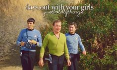 """<b>Actually the best combination of Just Girly Things and your favorite sci-fi show.</b> Round of applause for <a href=""""http://go.redirectingat.com?id=74679X1524629&sref=https%3A%2F%2Fwww.buzzfeed.com%2Fkmallikarjuna%2F8-things-only-the-crew-of-star-trek-understands&url=http%3A%2F%2Fspicyshimmy.tumblr.com%2Fpost%2F58533141574&xcust=2548307%7CBFLITE&xs=1"""" target=""""_blank"""">spicyshimmy</a>."""