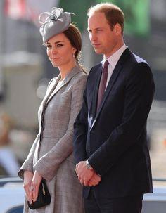 Ils ont eu besoin de s'éloigner de l'agitation de Londres. http://www.elle.fr/People/La-vie-des-people/News/Kate-Middleton-et-William-s-offrent-un-voyage-romantique-2856982
