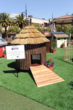 As part of a benefit for HomeAid Southern Nevada this Tiki Hut constructed by Martin-Harris Construction Company is one of nine pet houses being raffled and auctioned. Tropical Dog Houses, Pardee Homes, Pulte Homes, Pet Hotel, Las Vegas Homes, Tiki Hut, Animal House, Woodworking Projects Plans, Ideas