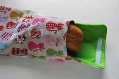 Kenyérzsák varrása - TÁSKA SULI Textiles, Sunglasses Case, Blog, Blogging, Fabrics, Textile Art