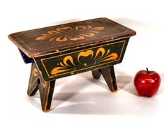 1815-1825 paint decorated footstool