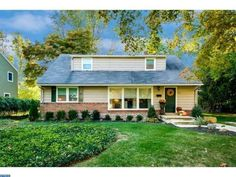 308 S Washington Ave, Moorestown, NJ 08057 - Home For Sale and Real Estate Listing - realtor.com®