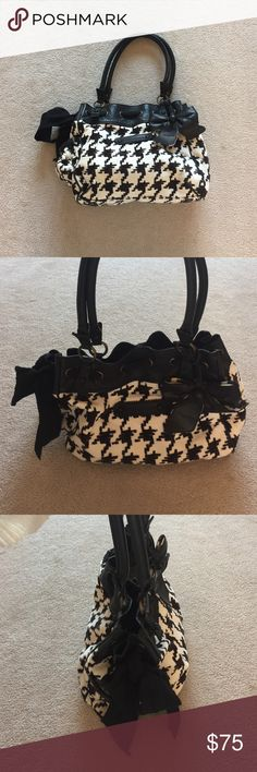 Juicy Couture Purse Houndstooth Juicy Couture Purse. Daydreamer style. Juicy Couture Bags