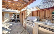 """Obtain terrific tips on """"built in grill diy"""". They are actually readily available for you on our web site. Gas Barbecue Grill, Diy Grill, Clean Grill, Outside Grill, Built In Grill, Healthy Grilling, Outdoor Kitchen Design, Food Preparation, Patio"""