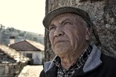 De olhos virados para o passado by José Carlos Teixeira - Photography © on 500px
