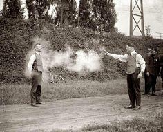 Testing a bulletproof vest, 1923 pic.twitter.com/McyfI2In0f