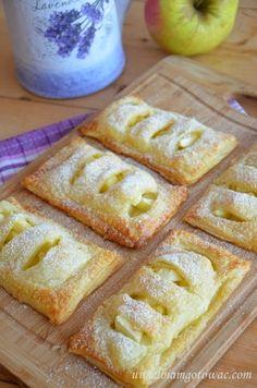 Ciastka francuskie z jabłkiem Polish Desserts, Polish Recipes, Polish Food, Apple Recipes, Cake Recipes, Dessert Drinks, Baked Apples, Cake Cookies, Food And Drink
