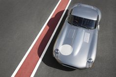 Jaguar unveiled Lightweight Legendary E-Type prototype