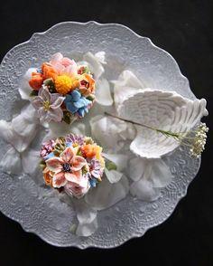 """좋아요 81개, 댓글 5개 - Instagram의 AVRIL29.com(@avril29_candle)님: """"ㅡ 보내준 사진들 하나하나 너무 예뻐서  다 자랑하고 싶음 ㅋㅋ 생화보다 더 예쁜 #flowercake 🌸 - - - - - ✔️캔들자격증반ㅣ취미반 수강문의 카톡아이디 ::…"""""""