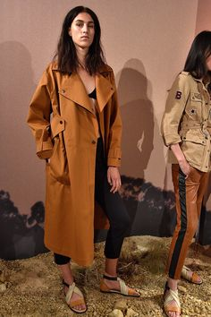 Belstaff London Spring/Summer 2017 Ready-To-Wear Collection