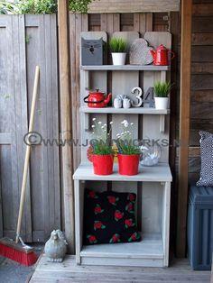 Steigerhout planten/kruidenkast