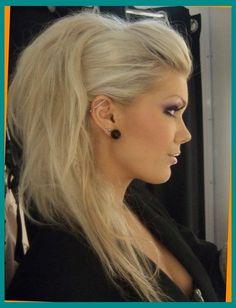 Perfect Hairstyles For Long Thin Hair Hair styles Faux Hawk Updo, Faux Mohawk, Braided Faux Hawk, Faux Undercut, Braided Updo, My Hairstyle, Pretty Hairstyles, Faux Hawk Hairstyles, Girl Mohawk