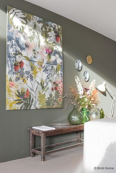 Vtwonen dream home at the Vtwonen and design fair 2016 - Vtwonen home living room inspiration green wall © BintiHome - Living Room Inspiration, Interior Inspiration, Home Living Room, Living Room Decor, Decoration Originale, Inspired Homes, My New Room, Home Staging, Wall Colors