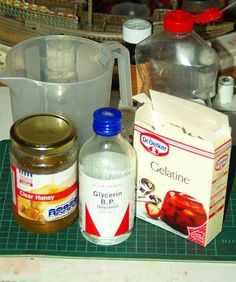 Picture of The basic mix for gelatin prosthetics