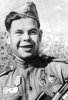 4 августа 1943 года погиб Ильин Николай Яковлевич, снайпер, Герой Советского Союза. К моменту своей смерти им было убито 494 солдат и офицеров противника.