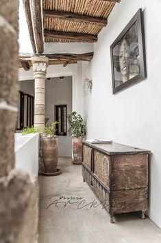 5 COLUMNS RIAD IN ESSAOUIRA, MOROCCO by Paulina Arcklin Photography Styling