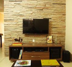 Parede revestida. Living Environment, Simple House, Design Projects, Your Design, Diy Home Decor, Interior Decorating, Living Rooms, Rustic, Home Decor