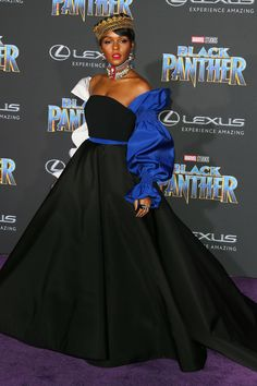 """How The Black Panther Cast Does """"Royal Attire""""+#refinery29"""