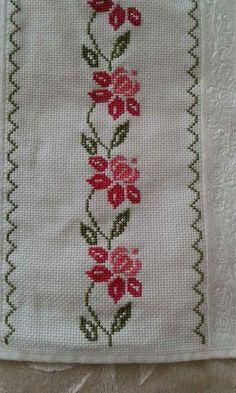 This Pin was discovered by Tül Cross Stitch Art, Cross Stitch Borders, Modern Cross Stitch Patterns, Cross Stitch Flowers, Cross Stitch Designs, Cross Stitch Embroidery, Hand Embroidery, Embroidery Transfers, Embroidery Patterns