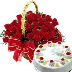 A Bouquet of Rose and a creamy cake Special Flowers, Beautiful Roses, Raspberry, Gifts For Her, Bouquet, Happy Birthday, Fruit, Cake, Desserts