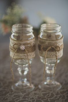 rustic wedding Mason Jar Wine Glasses From Los Angeles Rustic Wedding With Amazing Details And Stunning Ideas Rustic Wedding Venues, Rustic Wedding Centerpieces, Chic Wedding, Wedding Ideas, Burlap Centerpieces, Wedding Stuff, Arch Wedding, Fall Wedding Decorations, Wedding Arrangements