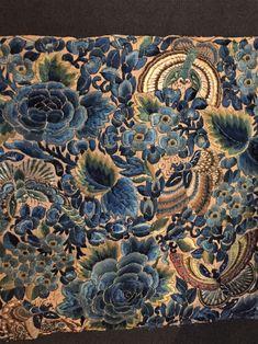 Blauer Blumenstoff über 100 Jahre alt. #gartenblog #nähenisttoll #handgemacht Painting, Totes, Scary, Painting Art, Paintings, Painted Canvas, Drawings