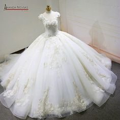 robe de mariee Cap Sleeve Lace Appliques V-Neck Beading Fluffy Ball Gown Wedding Dress Princess Bridal, Princess Wedding Dresses, Gown Wedding, Bridal Dresses, Bridesmaid Dresses, Ball Dresses, Ball Gowns, Types Of Gowns, Festival Dress