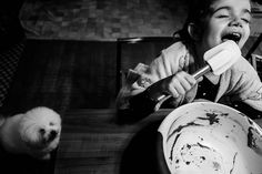 Baking with #SaoPaulo photographer Renato dPaula (@renatodpaula) and his daughter  Isabella. To submit your images for consideration on our feed follow @childhoodeveryday and tag your photos #childhoodeveryday. // #documentaryphotography #documentary #familydocumentary #blackandwhiteisworththefight #blackandwhite #monochrome