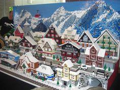 Lego Christmas Sets, Lego Christmas Village, Lego Winter Village, Lego Village, All Lego, Lego For Kids, Lego Activities, Lego Craft, Lego Trains