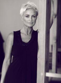 Jo-Anne Skinner | Female model | Source Models model agency
