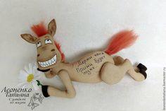 Купить Кофейная интерьерная игрушка-сувенир конь - бежевый, конь, кофейная игрушка, позитивный подарок
