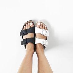 As birkens são o sapato desejo desse verão, é impossível ficar sem.