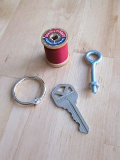 vintage thread key chain holder