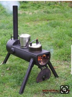 rocket stove and grill ile ilgili görsel sonucu Metal Projects, Welding Projects, Outdoor Stove, Rocket Stoves, Wood Burner, Camping Stove, Outdoor Cooking, Blacksmithing, Metal Art