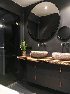 Concrete bathroom with wood and steel details - Concrete bathroom with wood and steel details -
