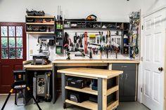 58989734 garage гараж верстак แ ล ะ мастерская. Plan Garage, Garage Tools, Garage Shop, Garage Workshop, Garage Workbench, Diy Workshop, Garage Organization Systems, Workshop Organization, Garage Storage
