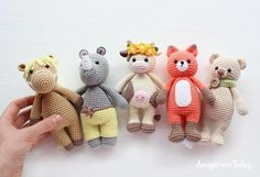 Cuddle Me Toys - Free amigurumi patterns designed by Amigurumi Today