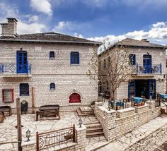 Hotel Arktouros  Arktouros is a three star hotel located in one of the focal points of the Zagoria villages, the village Monodendri.  Its location is very important because it is the square of the village, at the beginning of the path that leads to the Vikos Gorge.