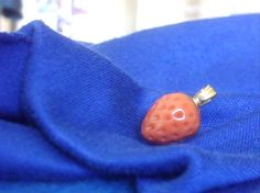 Coral Pendant Red Coral Carved Coral Strawberry 14K Vintage Solid Gold Bail  This wonderful, rare little wild strawberry is carved in genuine red coral. This ALL NATURAL coral berry is very rare. Every little dimple is carved individually. Charming and eye catching, it makes a very unique necklace pendant.  Please notice it has its own built in pendant BAIL.  Please take note of the color-match photo provided.  TO MY EYE this strawberry is the color of a HALF RIPE wild strawberry. It is a…