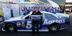 Mark Martin wins the pole for the Subway Fresh fit 500