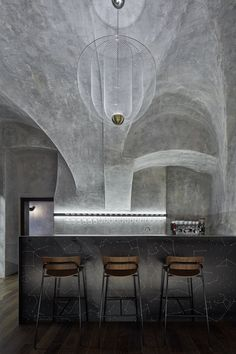 wine&champagne bar Autentista in Prague by studio Formafatal. Wine Bar Design, Cafe Design, House Design, Bar Lighting, Strip Lighting, Interior Concept, Interior Design, Cement Texture, Cement Crafts