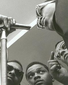 this is such a great photo of The Four Tops!  I wonder if it's by Lee Friedlander?