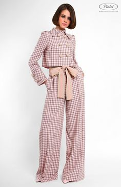 Genuine wool suit with cotton ribbon trim. Turndown collar on stand. Trousers with side pockets and front zip closure. On the photo: model is wearing a size S and is 177 cm. Hijab Fashion, Fashion Dresses, Business Mode, Mode Hijab, Looks Style, Mode Style, Formal Wear, Suits For Women, Ideias Fashion