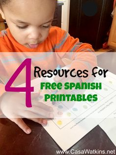 If you are starting to do bilingual tot school or homeschool, you should check out these 4 resources that have free printables.