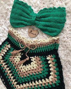 Crochet Shorts Pattern, Crochet Bra, Crochet Halter Tops, Crochet Pants, Crochet Clothes, Crochet Patterns, Crochet Bathing Suits, Knitted Flowers, Crochet Projects