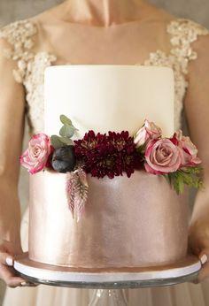 Burgundy wedding cake idea #weddingcakes #red #wedding #weddingideas #fallwedding ❤️ http://www.deerpearlflowers.com/burgundy-wedding-cakes/